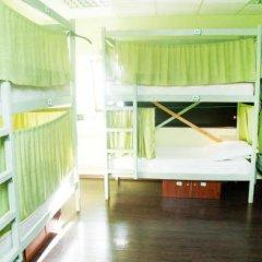 Гостиница Zakhodi Hostel Na Belorusskoy в Москве 4 отзыва об отеле, цены и фото номеров - забронировать гостиницу Zakhodi Hostel Na Belorusskoy онлайн Москва балкон