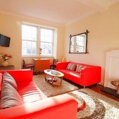 Отель Bright New Town 2 bed Apt - 5 Mins to Princes St Великобритания, Эдинбург - отзывы, цены и фото номеров - забронировать отель Bright New Town 2 bed Apt - 5 Mins to Princes St онлайн комната для гостей фото 3