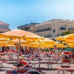 Отель Alcazar Италия, Римини - отзывы, цены и фото номеров - забронировать отель Alcazar онлайн бассейн