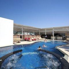 Отель Absolute Bangla Suites бассейн фото 2