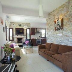Отель Protaras St Raphael Villa комната для гостей фото 5