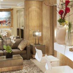 Отель Madison Hôtel by MH гостиничный бар