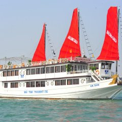 Отель Halong Sails Cruise пляж