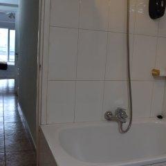 Отель Hostal Lucy Испания, Сантандер - отзывы, цены и фото номеров - забронировать отель Hostal Lucy онлайн ванная