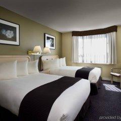 Отель Coast Vancouver Airport Канада, Ванкувер - отзывы, цены и фото номеров - забронировать отель Coast Vancouver Airport онлайн комната для гостей фото 5