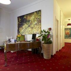 Отель Pension Museum Австрия, Вена - 1 отзыв об отеле, цены и фото номеров - забронировать отель Pension Museum онлайн интерьер отеля фото 2