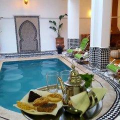 Отель Riad Amlal Марокко, Уарзазат - отзывы, цены и фото номеров - забронировать отель Riad Amlal онлайн бассейн фото 2