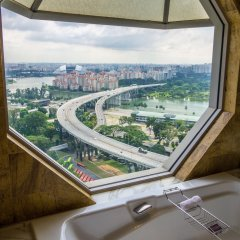 Отель The Ritz-Carlton, Millenia Singapore комната для гостей фото 5