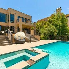 Отель Villa Gracie США, Лос-Анджелес - отзывы, цены и фото номеров - забронировать отель Villa Gracie онлайн бассейн