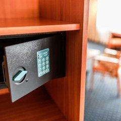 Парк-отель Bellevue Park Hotel Riga сейф в номере