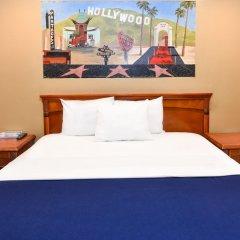 Отель Hollywood Inn Express North Лос-Анджелес комната для гостей фото 3