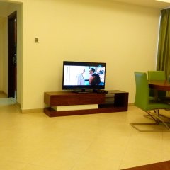 Al Waleed Palace Hotel Apartments Oud Metha комната для гостей фото 2