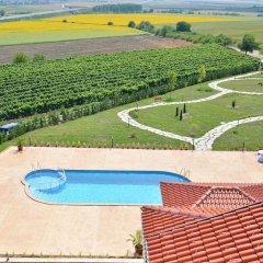 Отель Shato hotel Trendafiloff Болгария, Димитровград - отзывы, цены и фото номеров - забронировать отель Shato hotel Trendafiloff онлайн бассейн фото 2