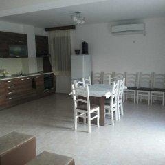 Отель Pirin Private Houses Сандански питание