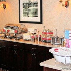 Отель Hampton Inn & Suites Springdale питание фото 2