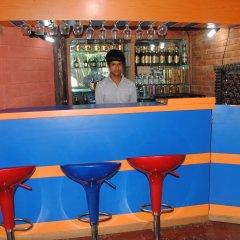 Отель Yokohama Непал, Покхара - отзывы, цены и фото номеров - забронировать отель Yokohama онлайн гостиничный бар