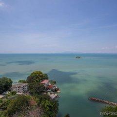 Отель Copthorne Orchid Hotel Penang Малайзия, Пенанг - отзывы, цены и фото номеров - забронировать отель Copthorne Orchid Hotel Penang онлайн пляж фото 2