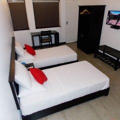 Отель Casons B&B Шри-Ланка, Коломбо - отзывы, цены и фото номеров - забронировать отель Casons B&B онлайн сейф в номере