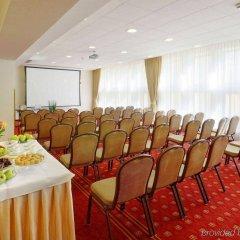 Отель Wolne Miasto - Old Town Gdansk Польша, Гданьск - 4 отзыва об отеле, цены и фото номеров - забронировать отель Wolne Miasto - Old Town Gdansk онлайн помещение для мероприятий