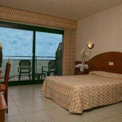 Отель Fenals Garden комната для гостей фото 3