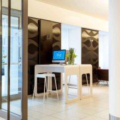 Отель Novotel Wien City Австрия, Вена - 1 отзыв об отеле, цены и фото номеров - забронировать отель Novotel Wien City онлайн интерьер отеля фото 2