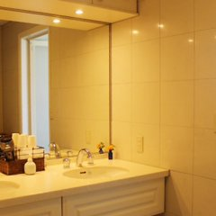 Отель La Isla Tasse Япония, Якусима - отзывы, цены и фото номеров - забронировать отель La Isla Tasse онлайн ванная фото 2