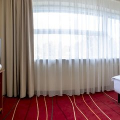 Start Hotel Atos Варшава сейф в номере