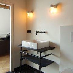 Отель The Bolster Нидерланды, Амстердам - отзывы, цены и фото номеров - забронировать отель The Bolster онлайн ванная