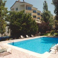 Отель Santa Cruz Испания, Гуэхар-Сьерра - отзывы, цены и фото номеров - забронировать отель Santa Cruz онлайн бассейн