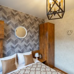 Апартаменты More Apartments na GES 5 (3) Красная Поляна комната для гостей