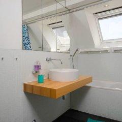 Отель flat at Zurich MainStation ванная фото 2