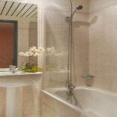 Отель Cujas Pantheon Франция, Париж - отзывы, цены и фото номеров - забронировать отель Cujas Pantheon онлайн ванная