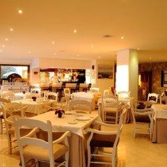 Отель Golf Santa Ponsa гостиничный бар