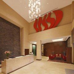 Отель Hilton Garden Inn New Delhi/Saket Индия, Нью-Дели - отзывы, цены и фото номеров - забронировать отель Hilton Garden Inn New Delhi/Saket онлайн интерьер отеля