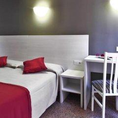 Hotel Nuevo Triunfo сейф в номере