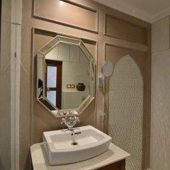 Отель WelcomHeritage Haveli Dharampura ванная фото 2