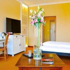 Отель Villa St. Tropez Прага в номере