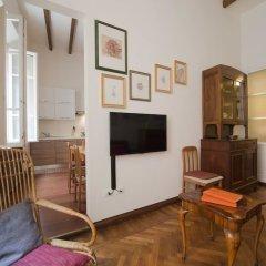 Отель Appartamento Le Due Torri Италия, Болонья - отзывы, цены и фото номеров - забронировать отель Appartamento Le Due Torri онлайн комната для гостей