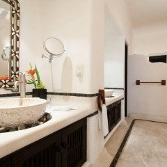 Tentaciones Hotel & Lounge Pool - Adults Only в номере