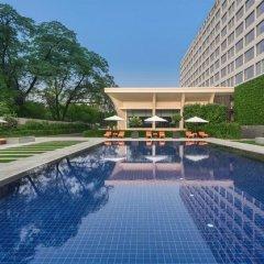 Отель Oberoi Нью-Дели бассейн