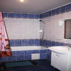 Гостиница 7 Небо в Астрахани 2 отзыва об отеле, цены и фото номеров - забронировать гостиницу 7 Небо онлайн Астрахань ванная