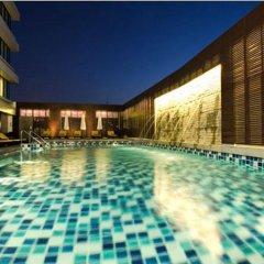 Отель The Duchess Hotel and Residences Таиланд, Бангкок - 2 отзыва об отеле, цены и фото номеров - забронировать отель The Duchess Hotel and Residences онлайн бассейн фото 3