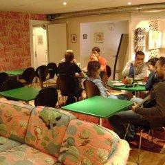 Hostel Bed & Breakfast Стокгольм развлечения