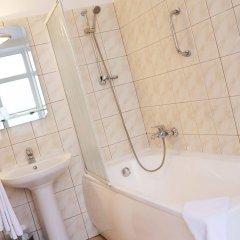 Отель Old Riga Hotel Vecriga Латвия, Рига - 4 отзыва об отеле, цены и фото номеров - забронировать отель Old Riga Hotel Vecriga онлайн ванная фото 2