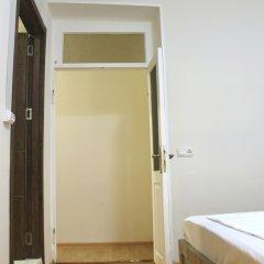 Hotel Tiflis Garden сейф в номере