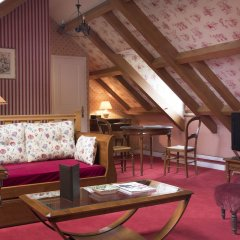Отель Rives De Notre Dame Париж гостиничный бар