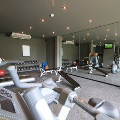 Отель Sareeraya Villas & Suites фитнесс-зал фото 2