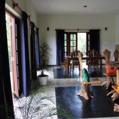 Отель Manikgoda Tea Paradise интерьер отеля