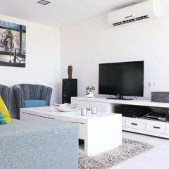 Апартаменты Casa De Colores Apartments - Shimon Hatarsi 20 Тель-Авив комната для гостей фото 3
