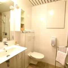 Отель Leopold Hotel Brussels EU Бельгия, Брюссель - 5 отзывов об отеле, цены и фото номеров - забронировать отель Leopold Hotel Brussels EU онлайн ванная